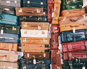 אין על מזוודות בד