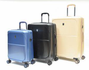 מזוודות לנסיעה לחול